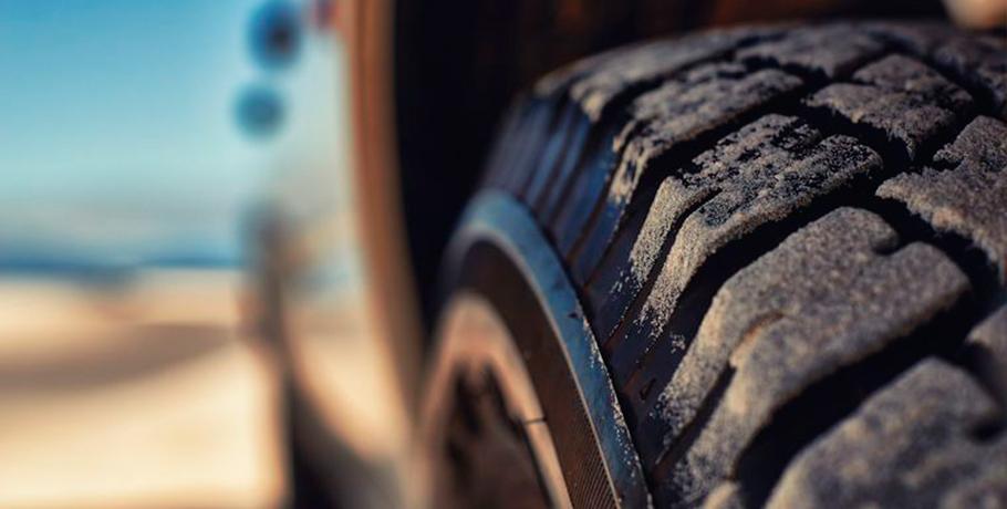 pneus na areia